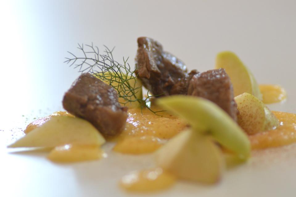 ricetta con cervo e mele selvaggina